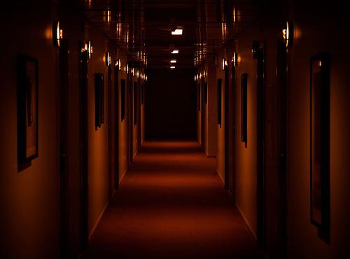 7 Hotel yang Terkenal Horor, Berani Kesini?