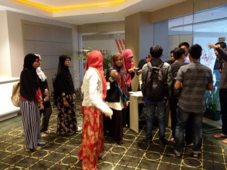 Nobar Film Tausiyah Cinta, Obati Kerinduan Warga Muslim di Bali