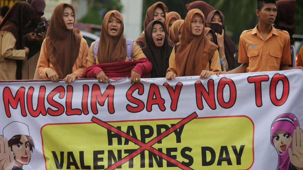 Demo Anti Valentine`s Day Indonesia di Media Jerman oleh elde ...