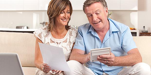 Image result for membantu keuangan orang tua