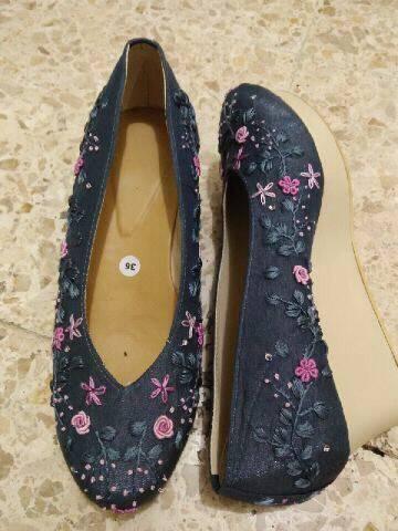 Menyulam Berkah Dari Si Cantik Sepatu Sulam Kompasiana Com