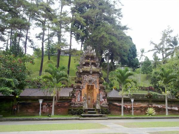 Ke Bali Jangan Lewatkan Berkunjung Ke Tampaksiring Kompasiana Com