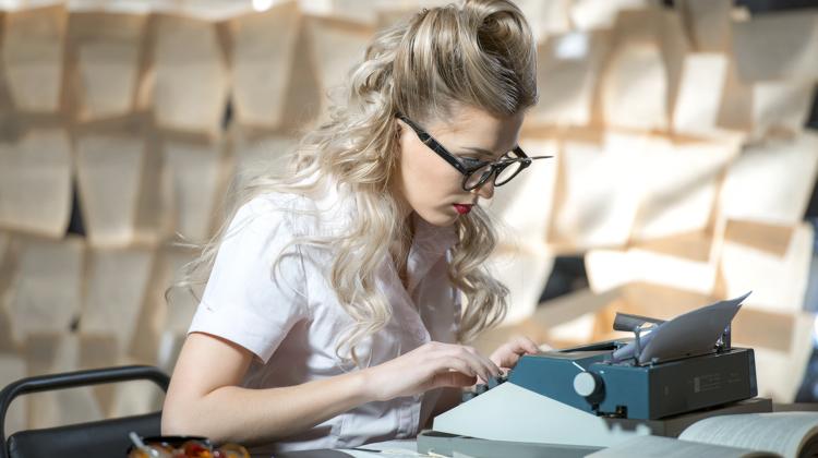 Working as freelance journalist ас freelance