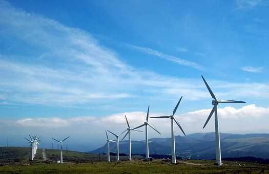 Memanfaatkan Potensi Angin Dan Matahari Sebagai Sumber Energi Baru