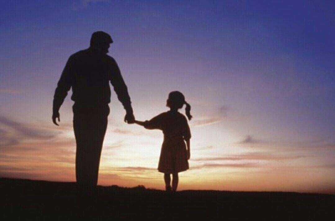 Mengapa Hubungan Antara Ayah Dan Anak Perempuan Harus Dekat Halaman All Kompasiana Com
