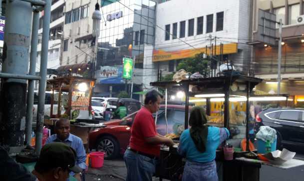 Berburu Street Food Di Jalan Sabang Halaman 1 Kompasiana Com