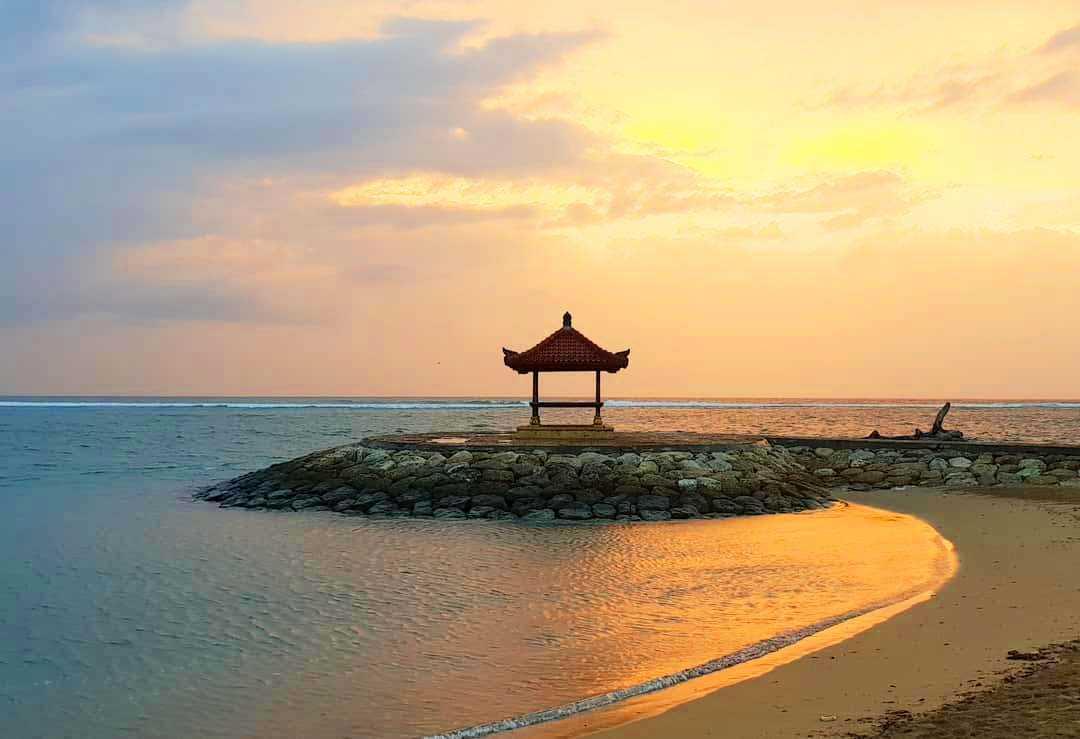 Keindahan Pesona Matahari Terbit di Pantai Sanur Bali Halaman all
