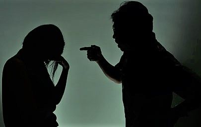 Ini Tanda Pasangan Kamu Melakukan Pelecehan Emosional