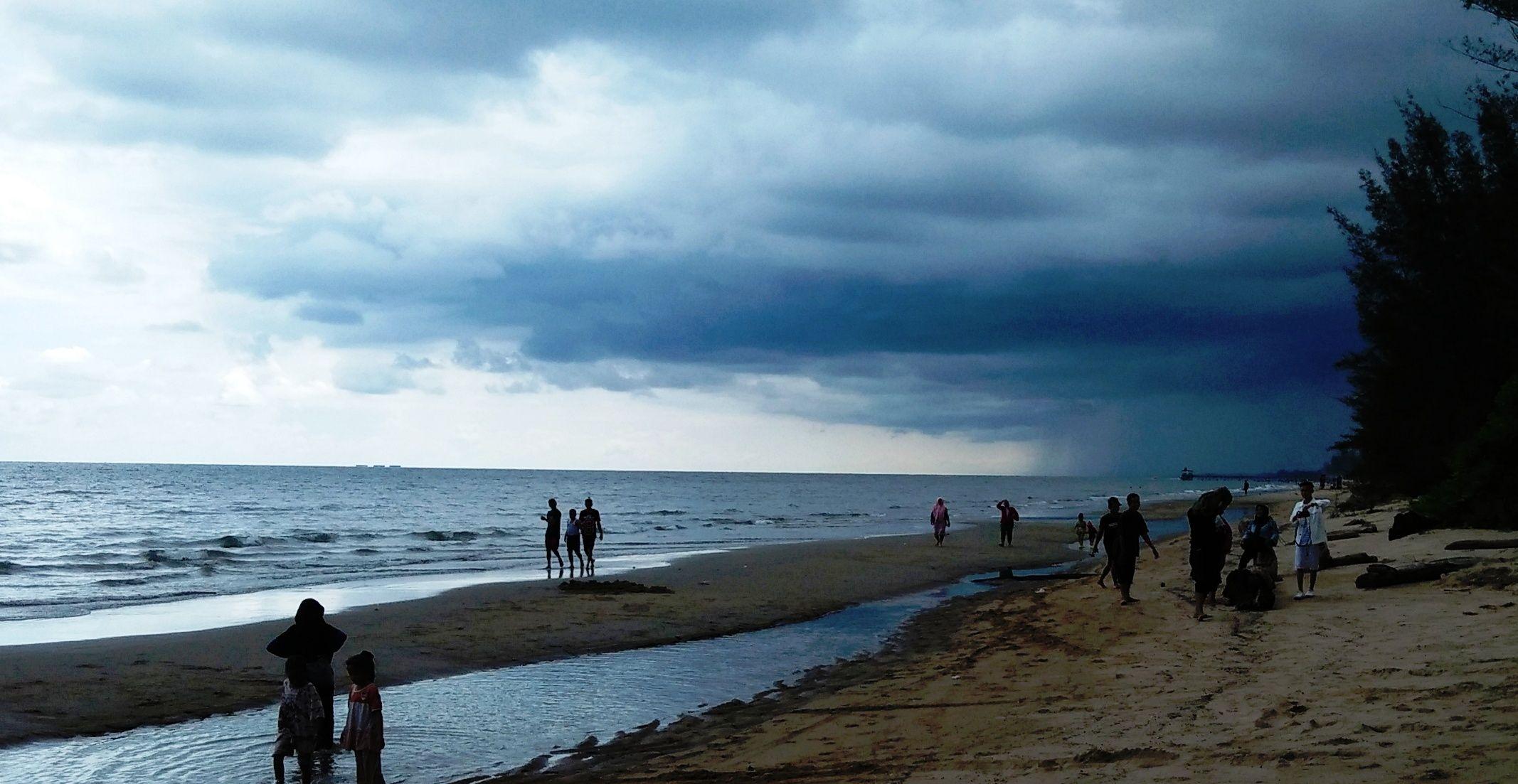 Pantai Asmara, Pantai Romantis Penuh Pesona - Kompasiana.com
