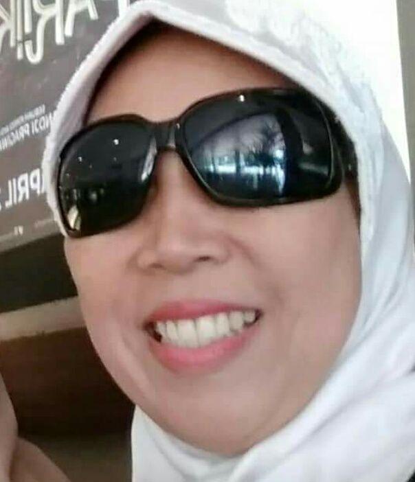 Seberapa Penting Senyum bagi Anda  oleh muthiah alhasany Halaman all ... ed05ca6f97