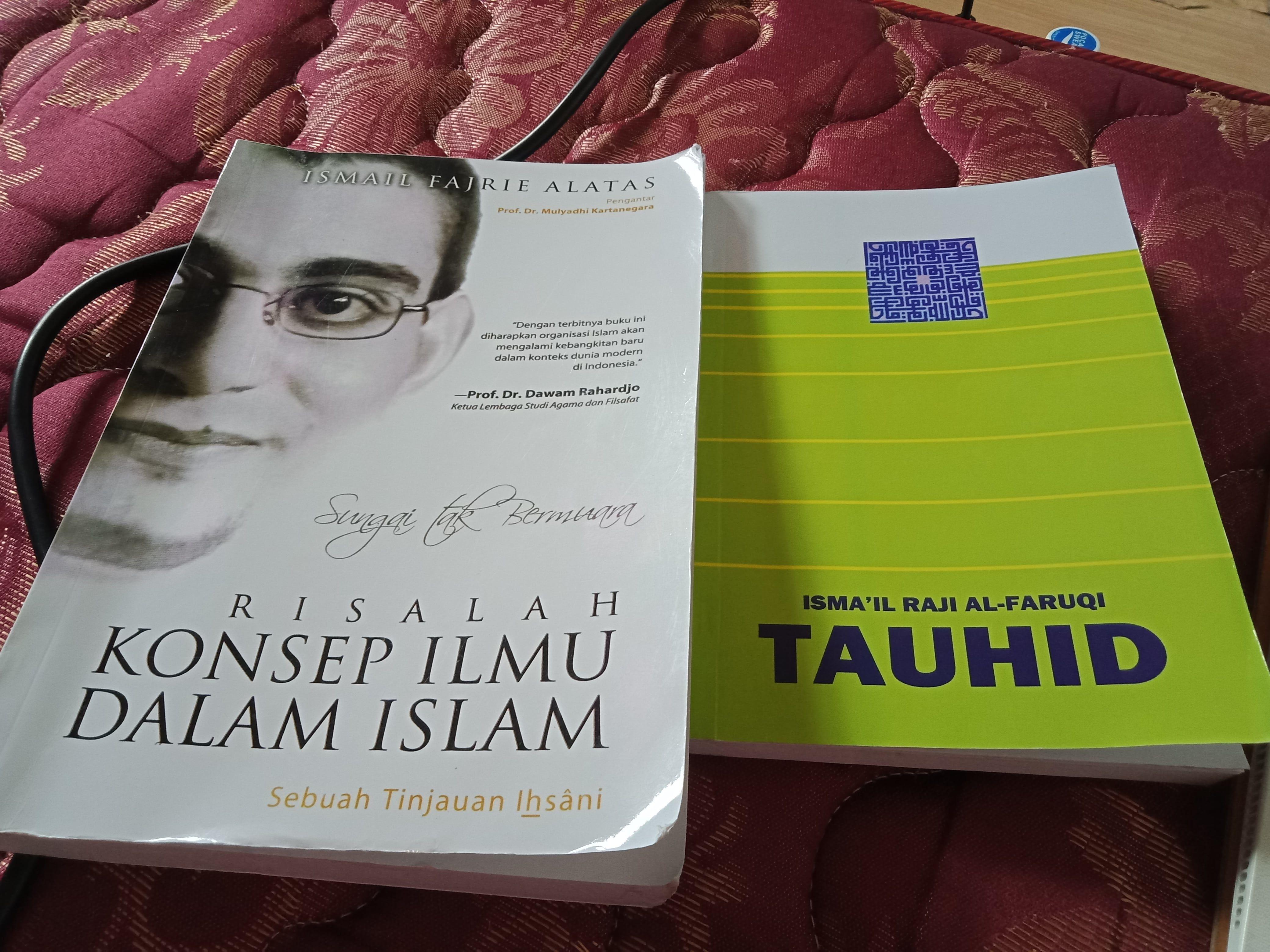 Syu 100 Book