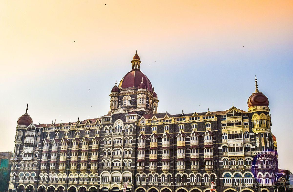 """Review Film """"Hotel Mumbai"""" Dan Serangan Bom Di Sri Lanka"""