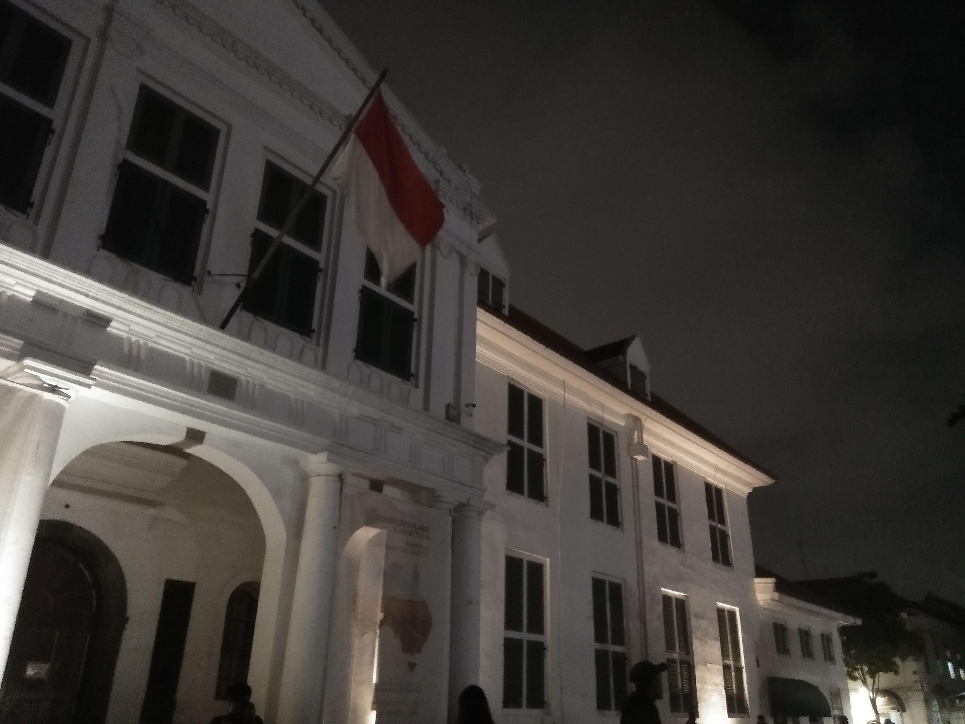 "Menikmati Indahnya Wisata Malam ""Kota Tua Jakarta"" Halaman all"
