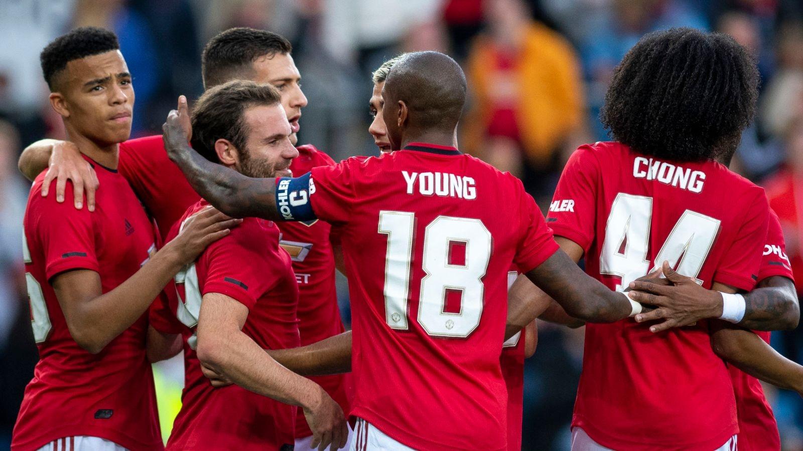 Penalti Juan Mata Bawa Manchester United Bungkam Kristansund
