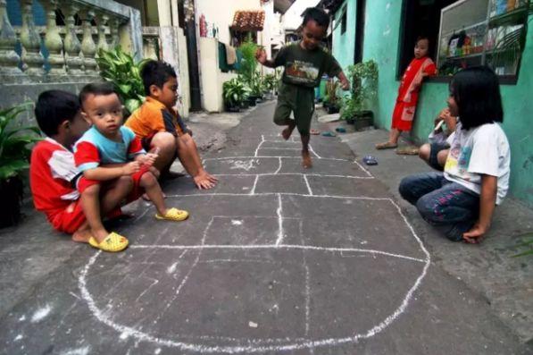 Permainan Tradisional Hiburan Tempo Doeloe Yang Semakin Terlupakan Halaman All Kompasiana Com