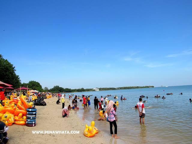 Pesona Pantai Teluk Awur Jepara Kompasiana Com