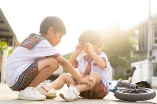 Tumbuhkan Kesadaran Sosial Anak Dengan Empati Kompasiana Com