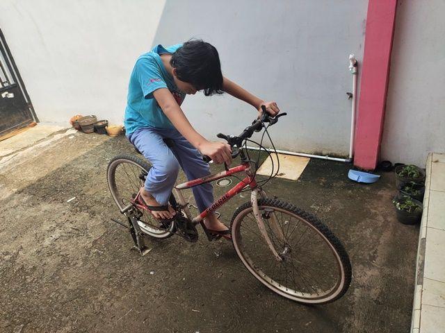 Mengubah Sepeda Balap Jadi Statis Saat Dirumahaja Oleh Dizzman Kompasiana Com