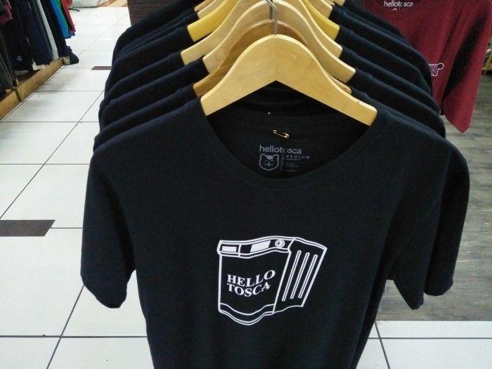 Jual T-shirt Pria Baju Distro Terbaru ,Ini 7 Desain Pertama Yang Mendapat Penghargaan