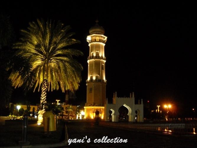 91  Gambar Masjid Di Malam Hari Terlihat Keren
