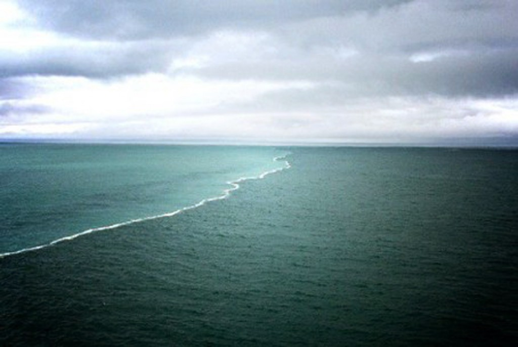 64 Gambar Air Laut Terpisah Terlihat Keren