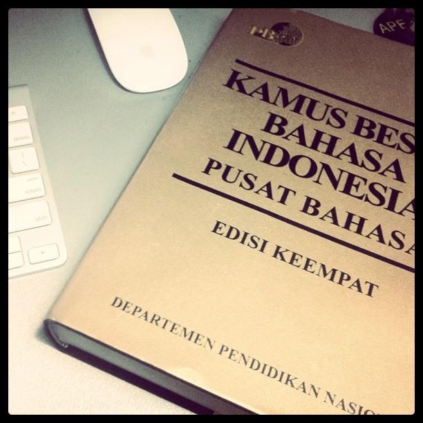 Cinta Bahasa Indonesia Bersahabatkah Anda Dengan Kamus Besar Bahasa Indonesia Halaman All Kompasiana Com