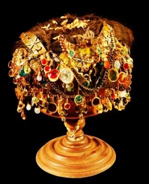 Afbeeldingsresultaat voor mahkota ternate