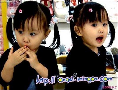 Kumpulan Foto Lucu Anak Kembar Yang Menggemaskan Oleh Made Indra
