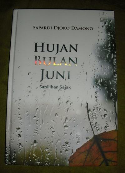 Juni buku pdf bulan hujan