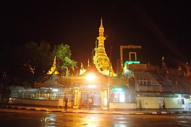 Malam Minggu Di Kota Yangon Myanmar Kompasiana Com