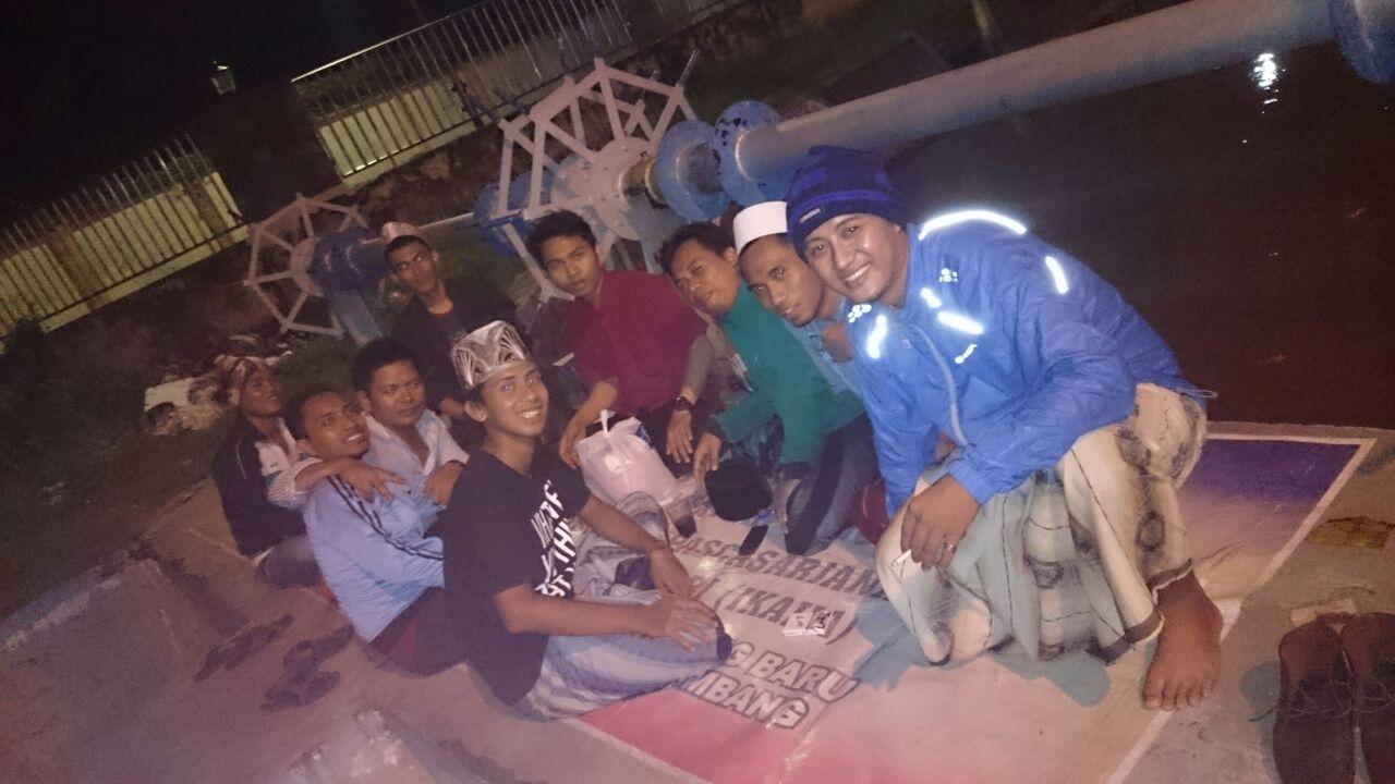 Santri Mokong Secangkir Kopi Gita Cinta Menuju Tuhan Oleh Fawwaz Robusta By Yoen Iskan Akumandiri Ibrahim