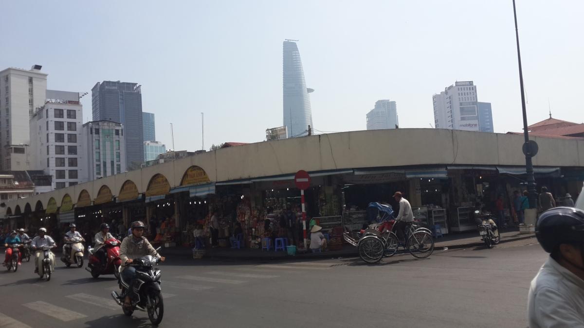 Enjoy Saigon! Wisata Halal dan Murah Ala Backpaker