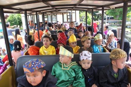 Rayakan Hari Kartini Anak Paud Diajarkan Budaya Nusantara Halaman All Kompasiana Com