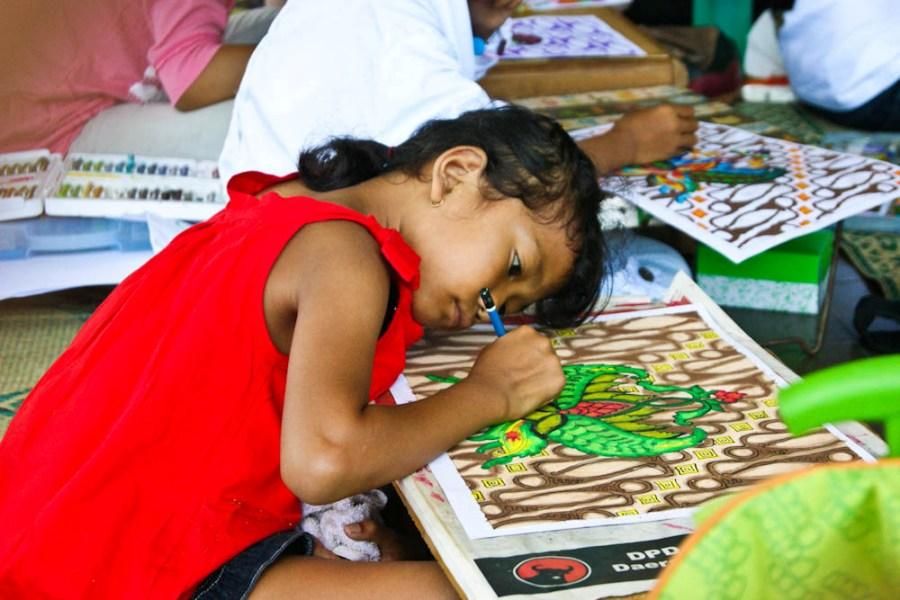 Warna Warni Batik Dalam Imajinasi Anak Indonesia Oleh Hendra